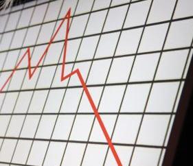 Cai o número de ações por falta de pagamento de condomínio