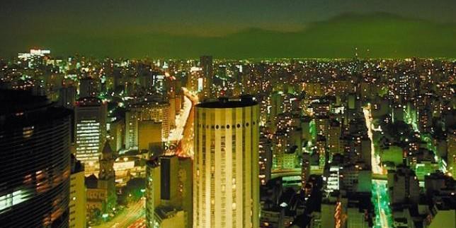 Vai comprar imóvel? Veja bairros com m² mais caros e baratos em SP e Rio